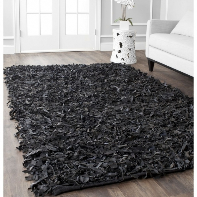 Gray Shag Rug Interor Decor Idea With Black Image 29
