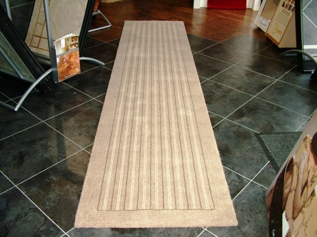 Rug Runners For Hallways Flooring Decorating Carpet Runners Combined With Assorted Wall Decoration Image 84
