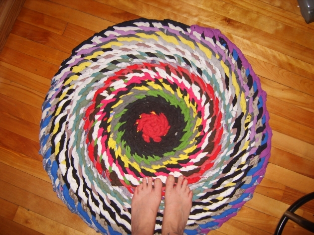 Braided TShirt Rug No Sew Semi Tutorial Image 06