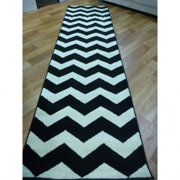 Black And White Striped Runner Rug Model And Style  Pictures 76