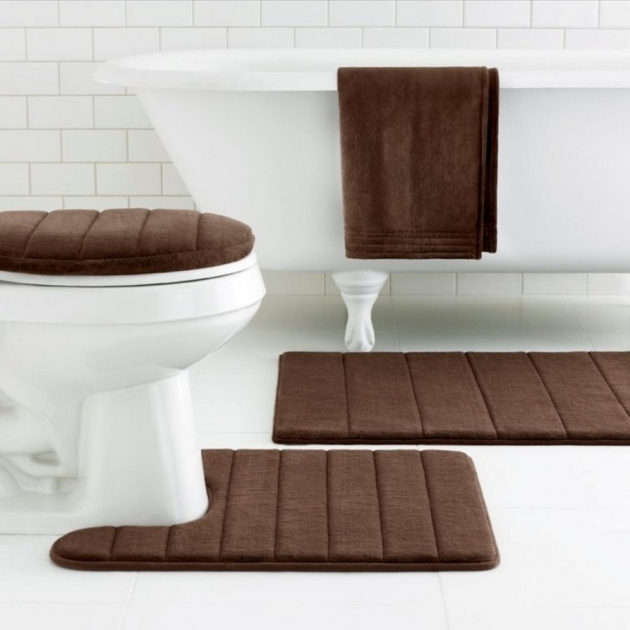 Rug Sets With Runner Casual Bathtub And Brown Towel Hanging Photo 70