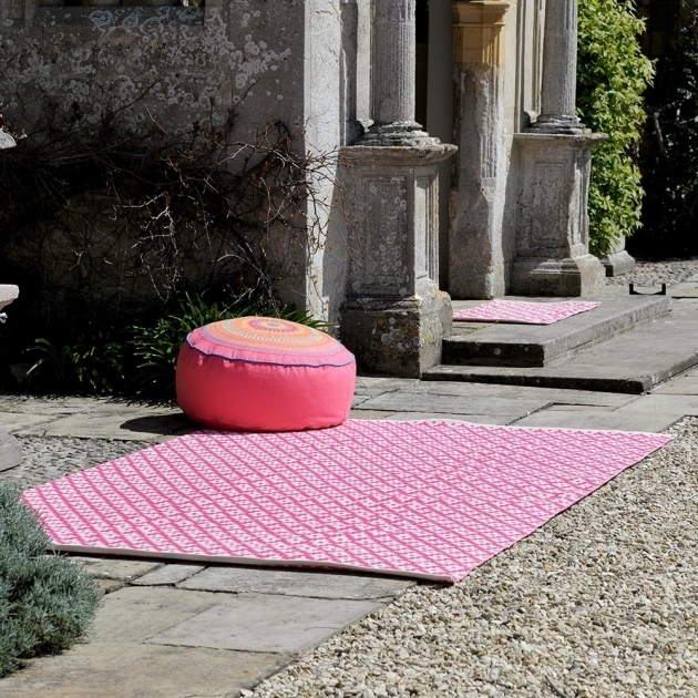 Pink Graphite Extra Large Outdoor Rugs Picture 07