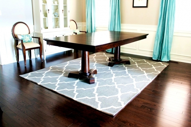 Rugs Under Kitchen Table Ideas Solid Wood Table Pictures 80