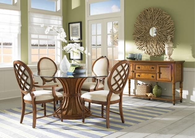 Traditional Style Rugs Under Kitchen Table Dining Set Picture 26