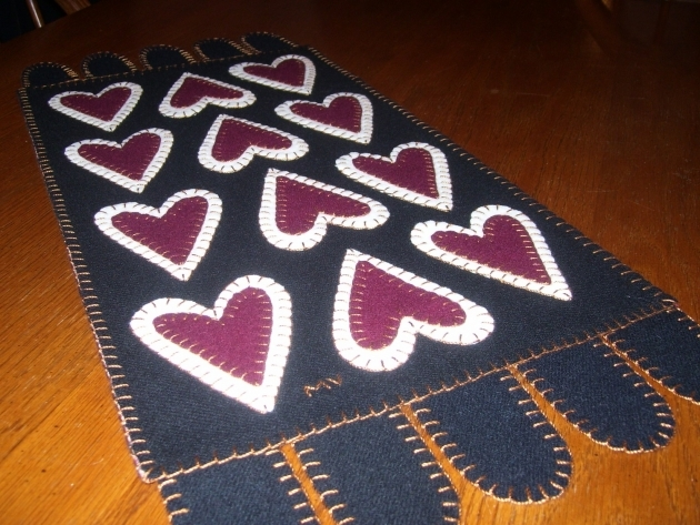 Folk Art Cranberry Hearts Wool Penny Rug Primitive Cranberry Rug Image 22